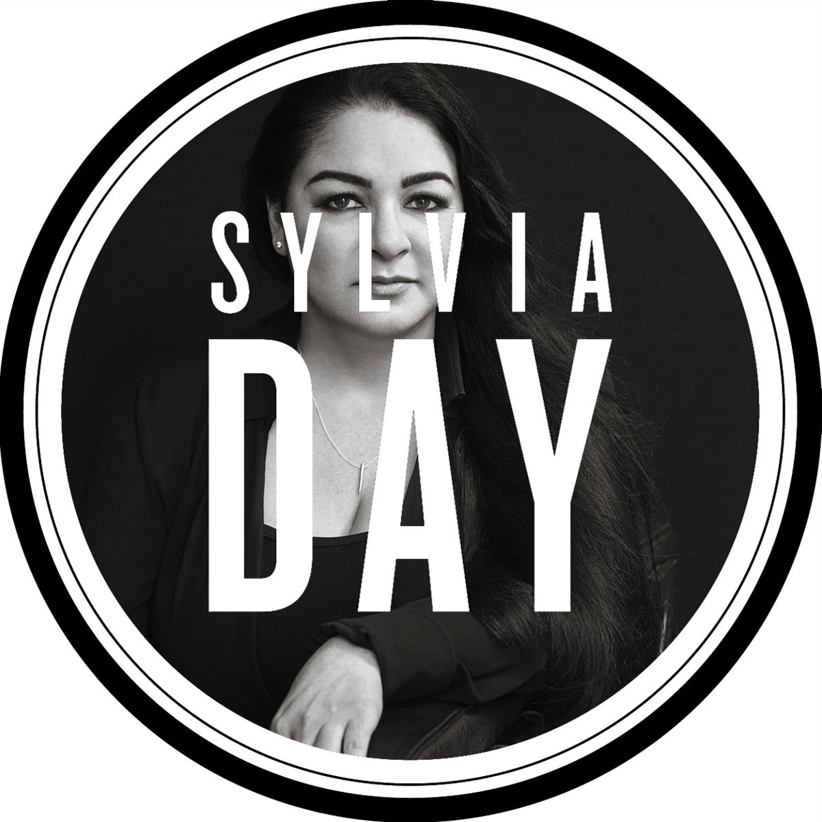 Sylviaday site news sylvia day official website of the 1 sylviaday site news sylvia day official website of the 1 bestselling author fandeluxe Choice Image